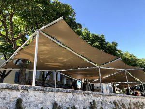 Couverture d'une terrasse de bar - Reillanne